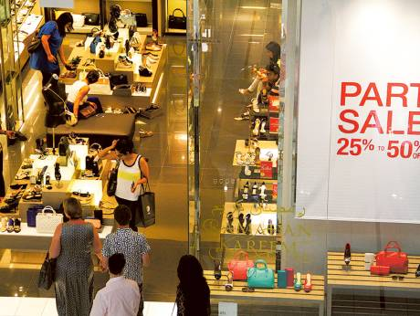 Euro softness offers timely boost for UAE retail, trade
